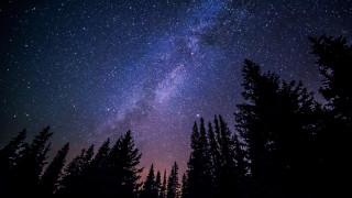 Διπλή κρίση στην κοσμολογία: Διαφωνίες των επιστημόνων για το σύμπαν