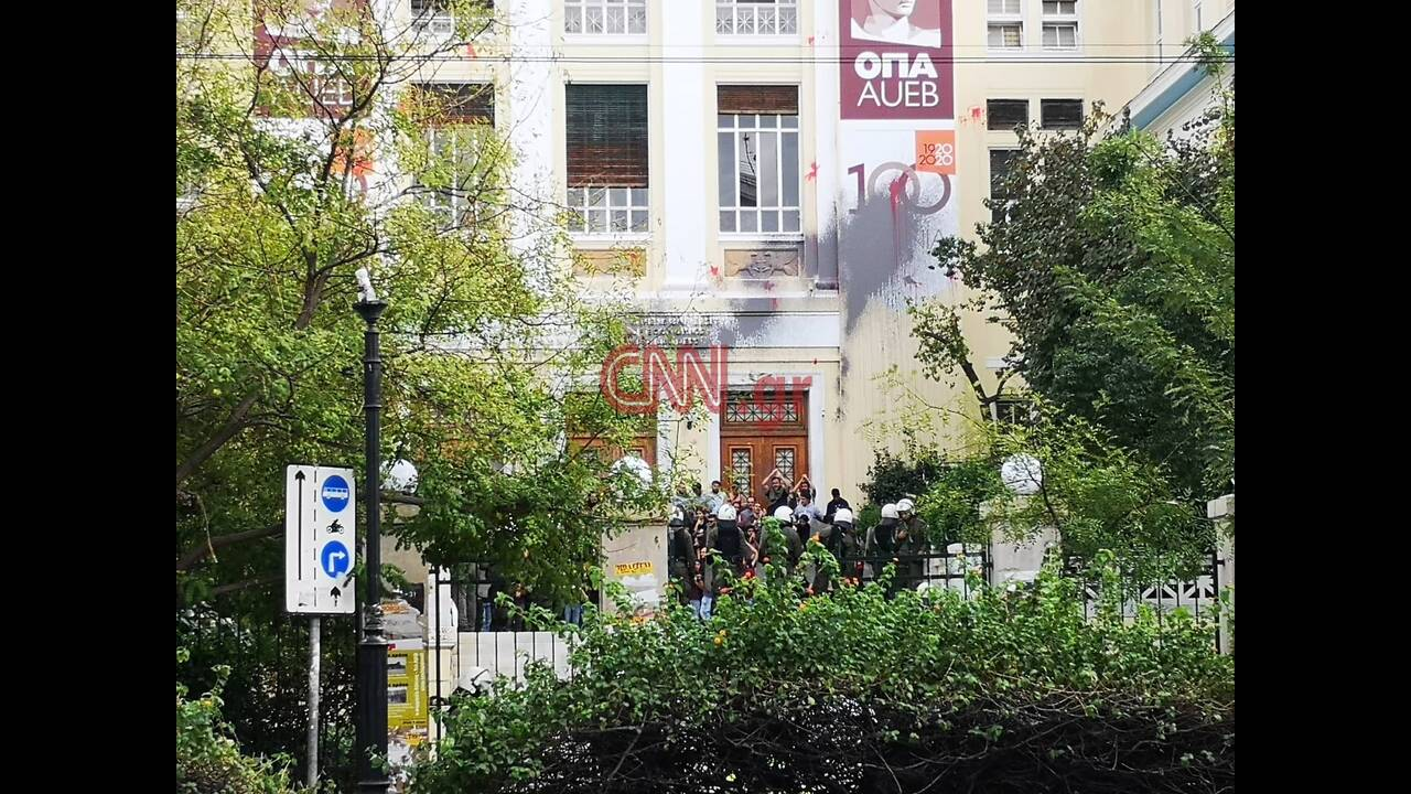 https://cdn.cnngreece.gr/media/news/2019/11/11/197028/photos/snapshot/75439331_541231206666757_2970864325008293888_n.jpg