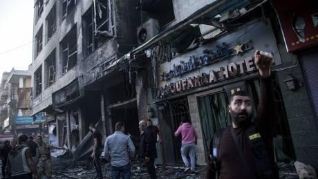 Συρία: Τουλάχιστον 6 άμαχοι νεκροί σε τρεις εκρήξεις σε πολυσύχναστα σημεία στην πόλη Καμισλί