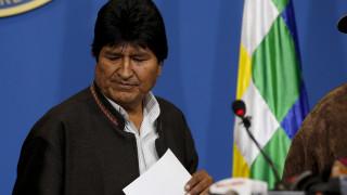 Ο Έβο Μοράλες έφυγε από τη Βολιβία και ζήτησε άσυλο στο Μεξικό