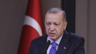 Ερντογάν: O αποκλεισμένος στα σύνορα με την Ελλάδα Αμερικανός τρομοκράτης, δεν μας απασχολεί