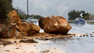 Κακοκαιρία στην Κέρκυρα: Πλημμύρες, μπλακ άουτ και καταστροφές (pics&vid)