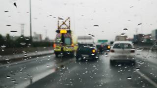 Κυκλοφοριακό χάος στην Αθηνών - Λαμίας - Ατύχημα με βυτιοφόρο