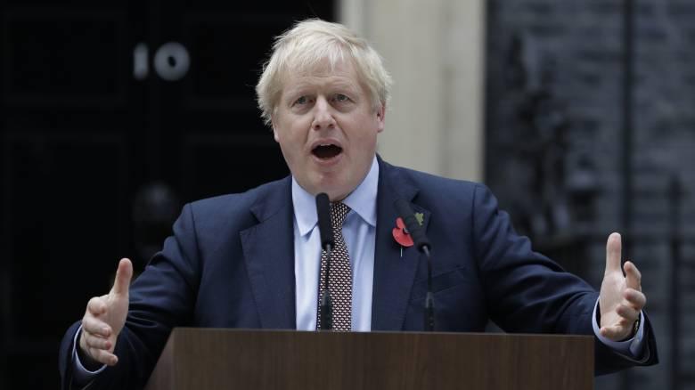 Βρετανία: Μπροστά με 10 μονάδες το κόμμα του Τζόνσον