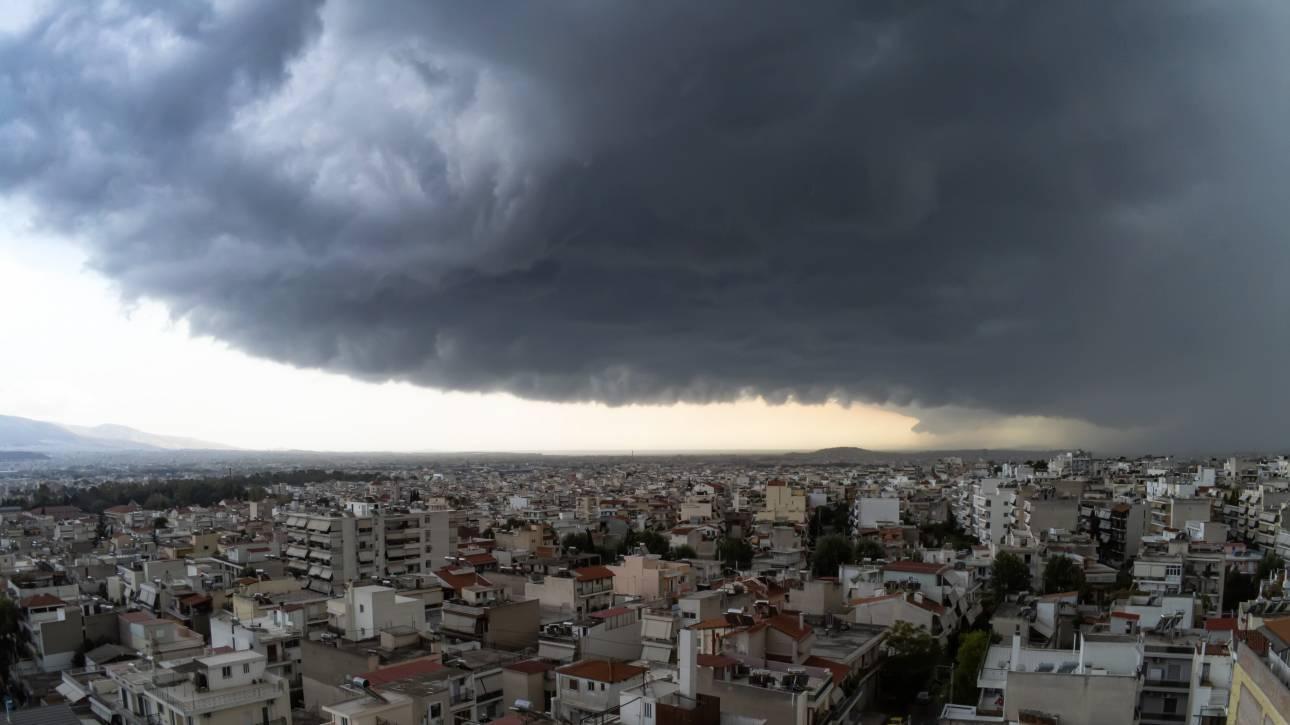 Καιρός - «Βικτώρια»: Συνεχίζεται και σήμερα η κακοκαιρία - Πού θα σημειωθούν βροχές και καταιγίδες