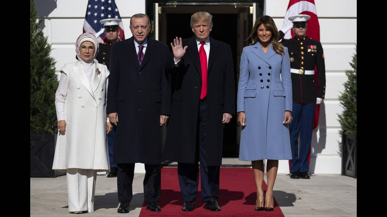 https://cdn.cnngreece.gr/media/news/2019/11/13/197293/photos/snapshot/AP_19317648317579.jpg