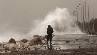 Κακοκαιρία «Βικτώρια»: Προβλήματα σε Ρόδο και Κρήτη από τα έντονα φαινόμενα