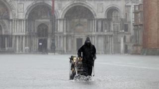 Έρχεται δεύτερο «κύμα»: Οι Βενετοί μετρούν τις πληγές τους και προετοιμάζονται
