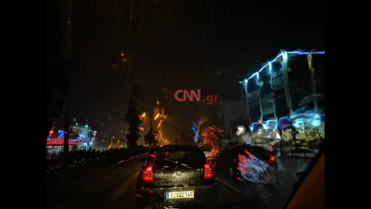 https://cdn.cnngreece.gr/media/news/2019/11/14/197397/photos/snapshot/vroxes3.jpg