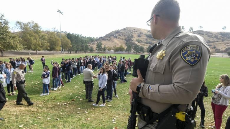 Πυροβολισμοί σε σχολείο στην Καλιφόρνια: 16χρονος ο δράστης της επίθεσης – Δύο μαθητές νεκροί