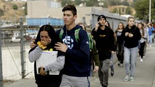Τα 16 δευτερόλεπτα της φρίκης: Τα κίνητρα του μακελάρη της Καλιφόρνια αναζητούν οι Αρχές