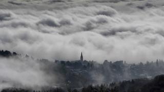 Σοβαρά προβλήματα στη Γαλλία λόγω των σφοδρών χιονοπτώσεων