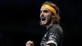 Ο Τσιτσιπάς «λύγισε» τον Φέντερερ - Πέρασε στον μεγάλο τελικό του ATP Finals