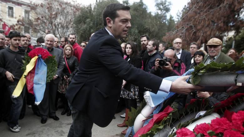 Ο Τσίπρας στην πορεία του Πολυτεχνείου: «Θα είμαστε εκεί για να στείλουμε μήνυμα αντίστασης»