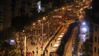Επέτειος Πολυτεχνείου: Ολοκληρώθηκε η μεγάλη πορεία - Συλλήψεις και προσαγωγές στα Εξάρχεια