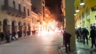 Πολυτεχνείο 2019: Πετροπόλεμος και φωτιές σε κάδους στην Πάτρα