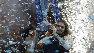 Στην κορυφή ο Τσιτσιπάς: Κέρδισε τον Τιμ στον τελικό του ATP Finals!
