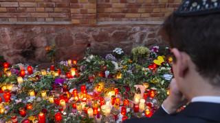 Χάλε: Μετά τη ρατσιστική επίθεση, δώρισε το εστιατόριό του στους υπαλλήλους