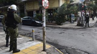Εξάρχεια: Δύο συλλήψεις σε διαμέρισμα στην οδό Στουρνάρη