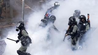 Κομισιόν: Απαράδεκτη η βία στις διαδηλώσεις στο Χονγκ Κονγκ
