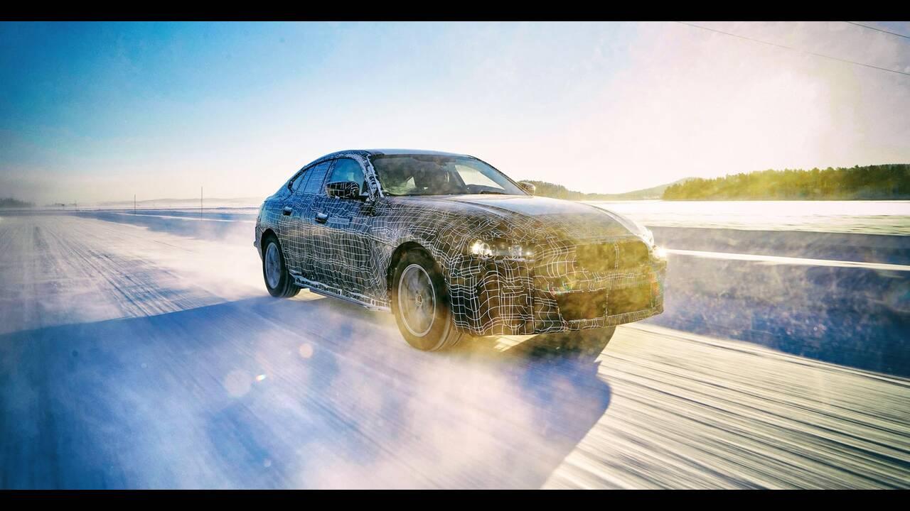 https://cdn.cnngreece.gr/media/news/2019/11/19/197845/photos/snapshot/BMW-i4-7.jpg