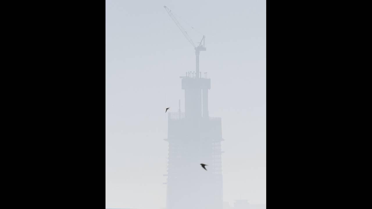 https://cdn.cnngreece.gr/media/news/2019/11/19/197858/photos/snapshot/sydney-nefos-3.jpg