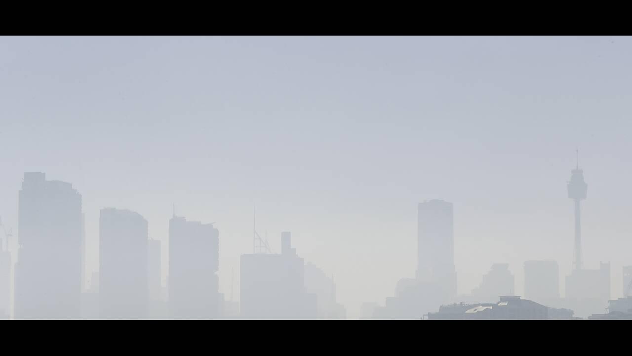https://cdn.cnngreece.gr/media/news/2019/11/19/197858/photos/snapshot/sydney-nefos-4.jpg