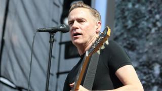 Ανακοίνωση Viva για τη συναυλία του Bryan Adams