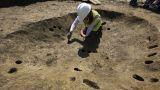 Μακάβριο αρχαιολογικό εύρημα: Βρέθηκαν θαμμένα βρέφη με «κράνη» από κρανία παιδιών