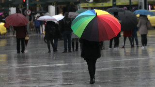 Καιρός: Βροχές, καταιγίδες και σκόνη την Τετάρτη