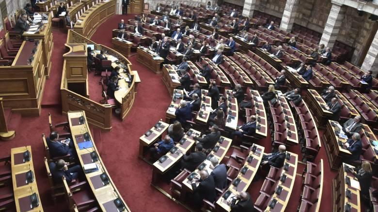 Στα άκρα η αντιπαράθεση για την εκλογή Προέδρου της Δημοκρατίας
