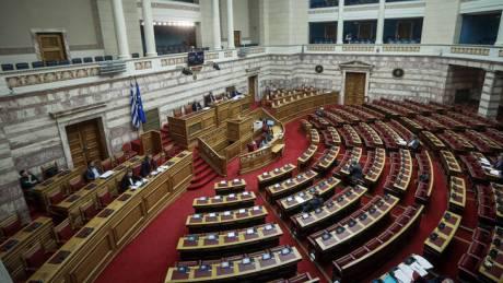 Με προσθήκες και βελτιώσεις θα κατατεθεί το φορολογικό νομοσχέδιο στη Βουλή – Οι βασικές αλλαγές