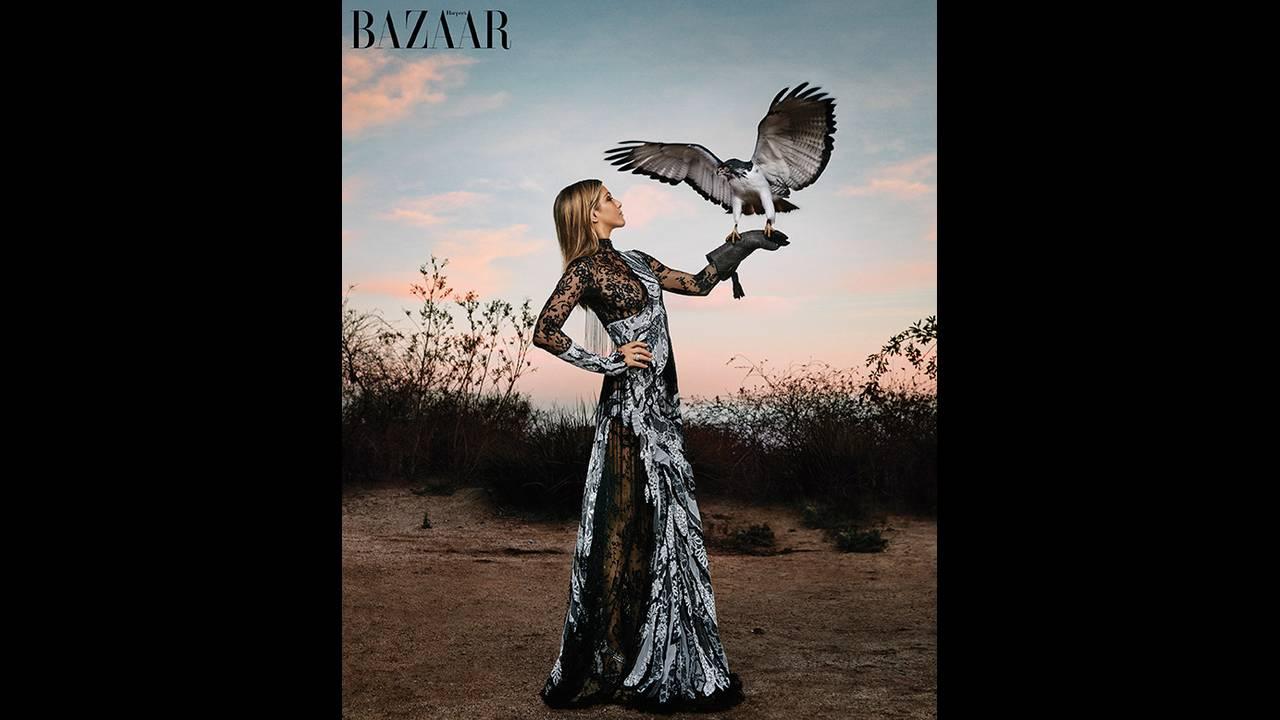 https://cdn.cnngreece.gr/media/news/2019/11/21/198096/photos/snapshot/rs_643x777-160310111340-634-jennifer-aniston-harpers-bazaar-april-2016-cover-2.jpg