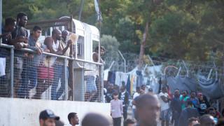 Προς παραίτηση ο δήμαρχος Σάμου για το κλειστό κέντρο φιλοξενίας στο νησί