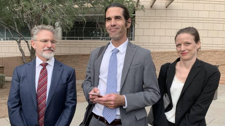 ΗΠΑ: Αθωώθηκε ο καθηγητής που βοήθησε δύο μετανάστες στην έρημο της Αριζόνας
