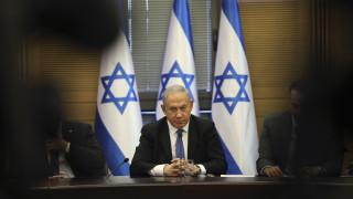Νετανιάχου: Καταγγέλλει «πραξικόπημα» εναντίον του μετά την απαγγελία κατηγοριών σε βάρος του