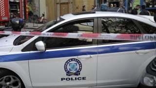 Θεσσαλονίκη: Τρελή πορεία ΙΧ - Χτύπησε παρκαρισμένα οχήματα και εξαφανίστηκε