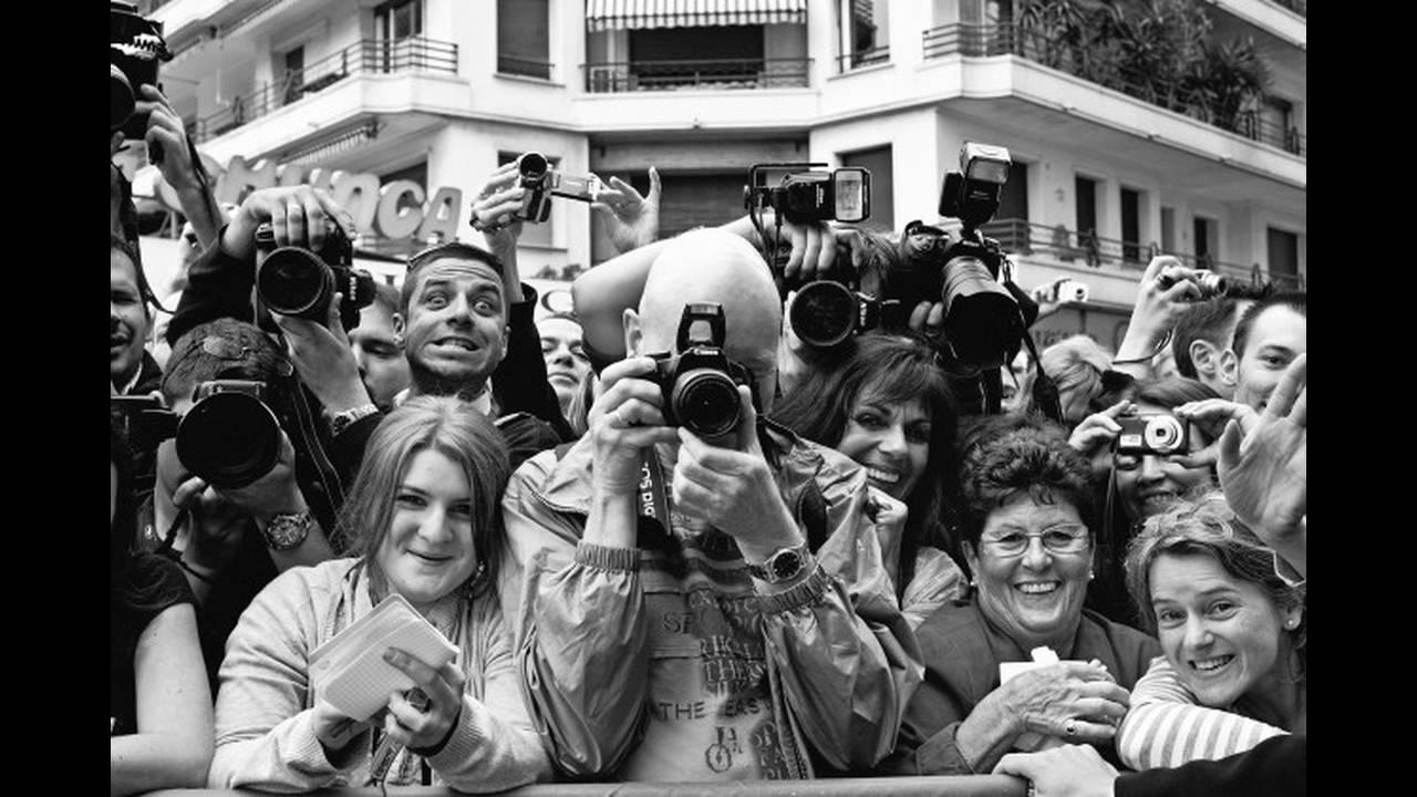 https://cdn.cnngreece.gr/media/news/2019/11/22/198240/photos/snapshot/2014_LennyKravitz.jpg