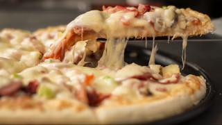 ΗΠΑ: Τηλεφώνησε στην αστυνομία για να… παραγγείλει πίτσα και έσωσε τη μητέρα της