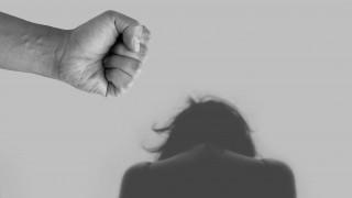 Δραματικά στοιχεία: Αύξηση της ενδοοικογενειακής βίας με θύματα κυρίως γυναίκες