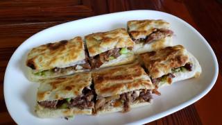 Μπέργκερ με κρέας... γαϊδουριού: Το πιάτο που γνωρίζει απροσδόκητη επιτυχία στην Κίνα