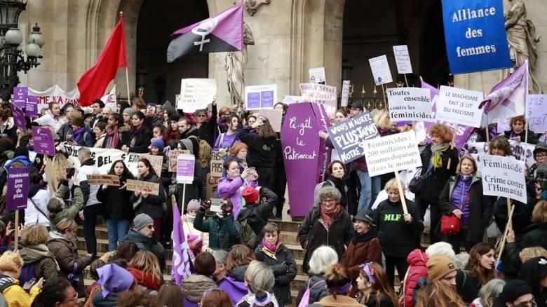 Γαλλία: «Όχι» στη βία σε βάρος των γυναικών από χιλιάδες διαδηλωτές