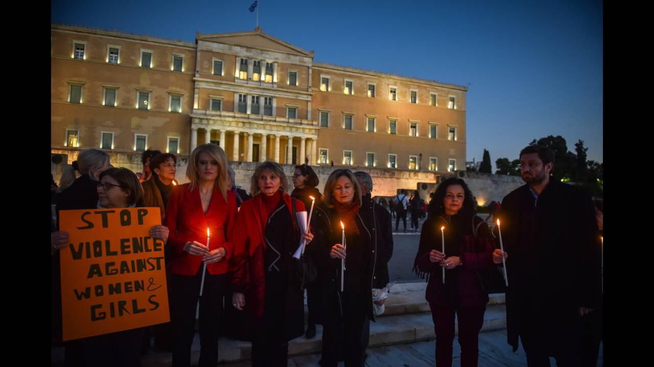 https://cdn.cnngreece.gr/media/news/2019/11/23/198396/photos/snapshot/4658901.jpg