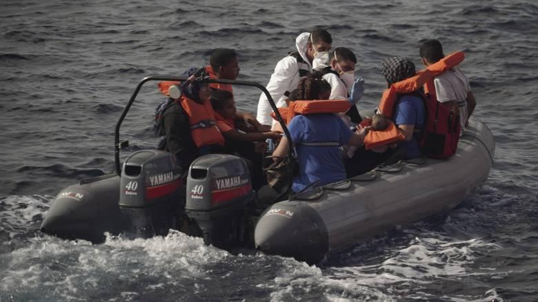 Ιταλία: Ναυάγιο με νεκρούς κοντά στη Λαμπεντούζα
