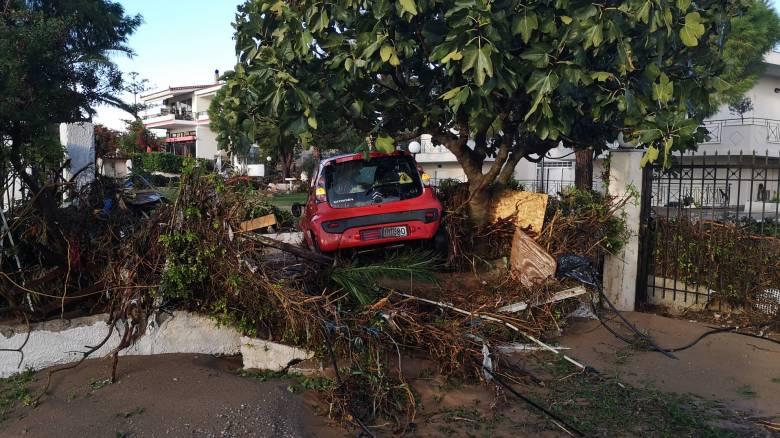 Κακοκαιρία «Γηρυόνης»: Εικόνες απόλυτης καταστροφής στην Κινέτα - Κινδύνευσαν ζωές