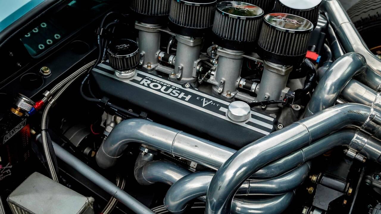 https://cdn.cnngreece.gr/media/news/2019/11/25/198513/photos/snapshot/SUPERFORMANCE-GT40-MKII-15.jpg