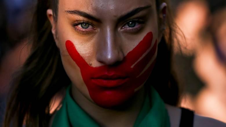 Παγκόσμια Ημέρα για την Εξάλειψη της Βίας κατά των Γυναικών: Απογοητευτικά στοιχεία για την Ελλάδα