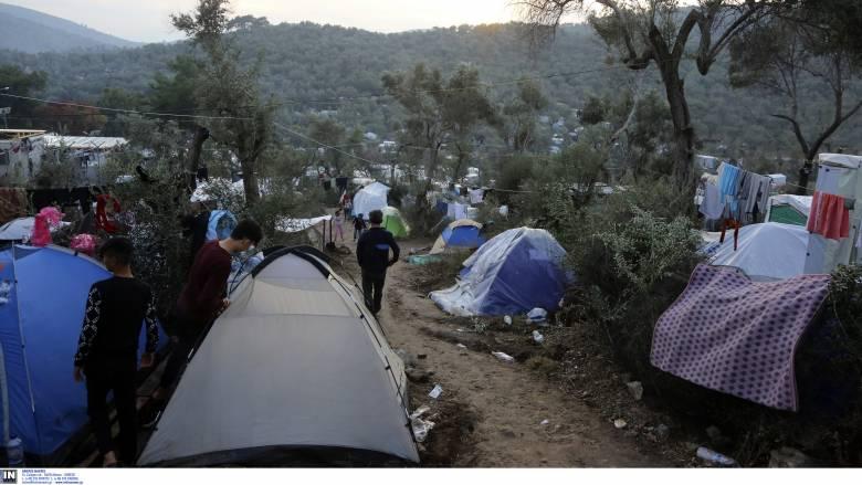 «Όχι» από τα νησιά στις μεγάλες κλειστές δομές – Σχεδόν 40.000 οι αιτούντες άσυλο