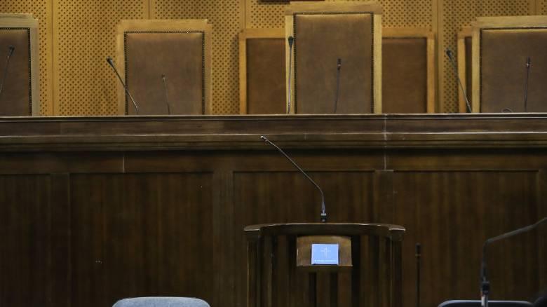 Μητέρα πούλησε τη 12χρονη κόρη της για 10.000 ευρώ και δήλωσε απαγωγή
