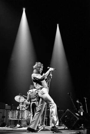 1971, Νέα Υόρκη. Ο Ρόντ Στιούαρτ επί σκηνής στο Μάντισον Σκουέαρ Γκάρντεν στη Νέα Υόρκη.